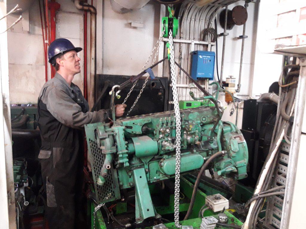 Volvo Penta dieselmotor monteur specialist